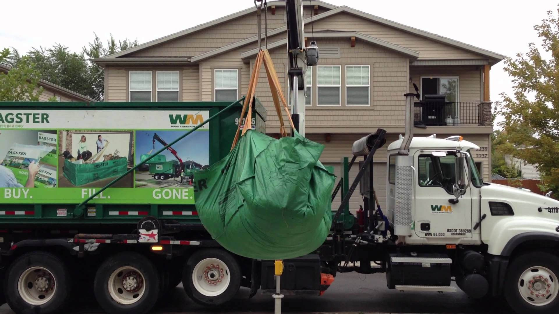 Pros and Cons Of Using A Waste Management Bagster